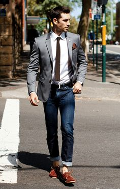 The casual preppy look never looked so smart!