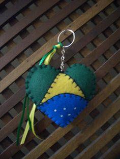 Meu Artesanato - Gabi: Chaveiro da Bandeira do Brasil