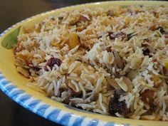 אורז עם פירות יבשים/ קפה ומאפה: זהירות - פוסט פוליטי! Dried fruit rice dish (for Shavuot). Recipe in Hebrew but you can click on the google translation for English.