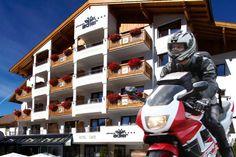 Motorradhotel Schwarzer Adler in Nauders Special Deals, Eagles, Black Man, Vacation