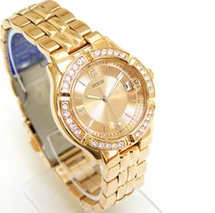 dba92bd5453e Guess Women Rose Gold Watch Crystals Date Rose Gold Face