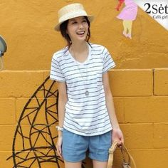 Picture of Celli Girl Set: V-Neck Short-Sleeve Striped T-Shirt + Linen Shorts 1022977748 (Celli Girl Apparel, Womens Suits, South Korea Apparel, South Korea Suits)