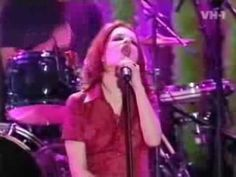 Garbage-Stupid girl (live)
