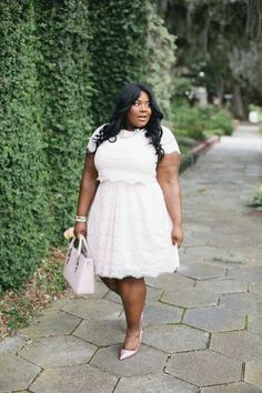 Musings of a Curvy Lady, Plus Size Fashion, Fashion Blogger, Beauty Blogger, ESSENCE BeautyBox, ESSENCE Magazine, Style Hunter, The Outfit, #REALOUTFITGRAM, #YOUGOTITRIGHT, #MCBEAUTYROADSHOW, Forever 21, Forever 21 Plus Sizes, Crop Top Set, Pink Lace