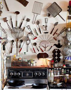 Old Kitchen, Kitchen Wall Art, Kitchen Decor, Kitchen Ideas, Kitchen Stuff, Country Kitchen, Kitchen Design, Kitchen Utensils, Kitchen Gadgets