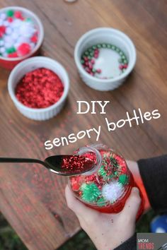 DIY sensory bottles for toddlers and preschoolers - You can easily customize them for holidays!