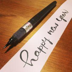 happy  new  year #newyear #呉竹 #kuretake #brush #fudepen #筆ペン #lettering