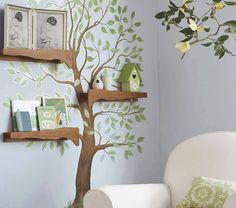 Strom na zdi