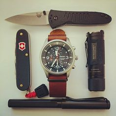 DAILY CARRY