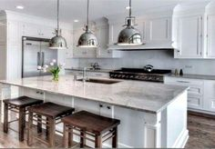 Super White Granite Kitchen Counters - Design photos, ideas and inspiration. Amazing gallery of interior design and decorating ideas of Super White Granite Kitchen Counters in kitchens by elite interior designers. Super White Granite, White Granite Kitchen, White Granite Countertops, Kashmir White Granite, Kitchen Black, Kitchen Redo, New Kitchen, Kitchen Cabinets, Kitchen Ideas