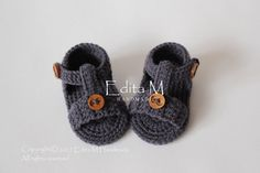 Hey, I found this really awesome Etsy listing at https://www.etsy.com/listing/491854742/crochet-baby-sandals-gladiator-sandals