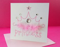 Muito fácil de executar, até com a ajuda da Princesa da Festa. Baby Shower Princess, Princess Birthday, Princess Party, Diy And Crafts, Paper Crafts, Event Planning, Party Time, Party Supplies, Wedding Invitations
