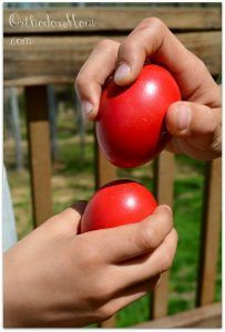 We'll be dying our eggs on Holy Thursday and in case anyone is doing for the first time or would like to know how to get perfectly dyed red eggs, I thought I'd post some tips that were given to me … Easter Egg Dye, Coloring Easter Eggs, Holy Thursday, Orthodox Easter, Greek Easter, Easter Traditions, Egg Decorating, Vintage Easter, How To Make