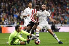 @RealMadrid Keylor #Navas ante Williams y Dani #Carvajal #9ine