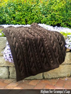 Looks so creative and intricate, but these classic cables are simple! Even a beginner could make this project, it's beginner-friendly! Knitted Afghans, Knitted Blankets, Baby Blankets, Quick Knits, Afghan Patterns, Crochet Patterns, Sweater Knitting Patterns, Knitting Ideas, Afghan Blanket