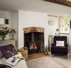 Fireplace, beams Faerie Door Cottage in Wiltshire England via Unique Home Stays Holiday Rentals Cottage Shabby Chic, Romantic Cottage, Shabby Chic Decor, Cottage Style, Romantic Homes, Cottage Living Rooms, Cottage Interiors, My Living Room, Storybook Homes