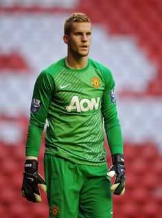 """Manchester United goalkeeper Ben Amos says a host of youngsters are """"champing at the bit"""" for a first-team opportunity at Old Trafford after watching Adnan Januzaj, James Wilson and Tom Lawrence make their debuts during the season. Manchester United Team, Barclay Premier League, Old Trafford, Fa Cup, Sport Football, Man United, One Team, Goalkeeper, Manchester United"""