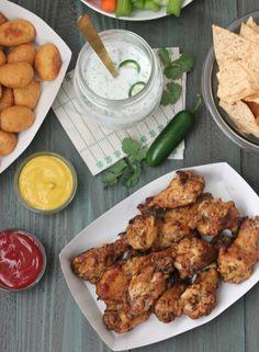 Homemade Clean-eating Jalapeno Ranch Dip: Perfect for homegating! | casadecrews.com