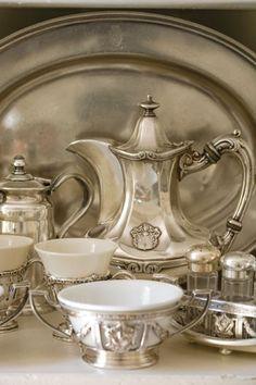 A Pretty Antique Silver & Porcelain Tea Service Vintage Silver, Antique Silver, Tarnished Silver, Vibeke Design, Argent Antique, Tea Sets Vintage, Vintage Teacups, Zinn, In Vino Veritas