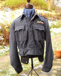 1945 dated Royal Air Force battledress with Flying Officer/Volunteer Reserve insignia and padded pilot wing. All measurements taken with garment fastened, laid flat, and with a cloth tape (not metal).   eBay!