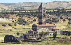 Codrongianos, veduta della basilica di Saccargia