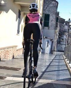 ( *`ω´) If you don't like what you see❤, please be kind and just move along. Women's Cycling, Cycling Girls, Cycling Wear, Cycling Outfit, Bicycle Women, Bicycle Girl, Cycle Chic, Hot Bikes, Bike Style