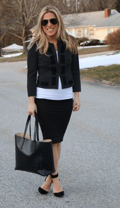 Best Blazers to Wear to Work @cabiClothing - Stylish Life for Moms