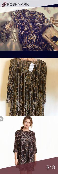 H&M TRIBAL PRINT DRESS Chiffon feel fabric /dress is lined H&M Dresses