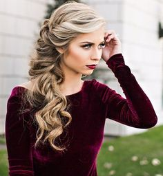 Side+Curly+Braid+Hairstyle+For+Long+Hair