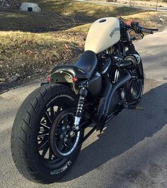 Harley cafe racer More