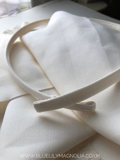 Made to measure, with your own fabric if you have it, or in duchess satin Bridesmaid Belt, Minimalist Dresses, Wedding Belts, Skinny Belt, Ivory Dresses, Bridal Accessories, Magnolia, Lily, Satin
