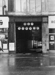 Rum Runner , Birmingham - where it all started for Duran Duran. Night Club, Night Life, Birthday Places, Blitz Kids, Birmingham City Centre, Birmingham England, The Blitz, Romantic Scenes, Boy George