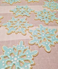[Homemade] Snowflake sugar cookies #recipes #food #cooking #delicious #foodie #foodrecipes #cook #recipe #health