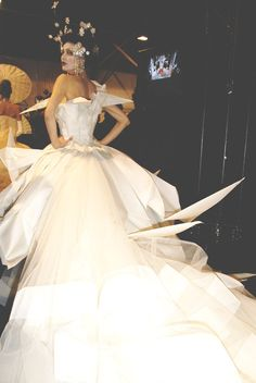 Origami gown dior couture 2007