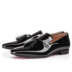 Great for any generation of gentleman, Daddy is a premiere choice for the sartorially minded. His luxe patent leather and elegant tassels add a surge of sophistication to any day or evening ensemble.