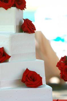 Red & White Wedding Cake From Rusticweddingchic.com