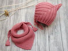 Strickanleitung - PIXIE-Mütze und Dreieckstuch - An kalten Tagen sind die kleinen Zwerge mit der PIXIE-Mütze bestens ausgestattet, denn die Mütze sorgt für einen sicheren Halt auf dem Kopf. Dazu das n
