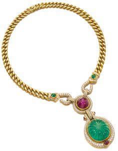 Bulgari Jewelry, Jewelry Design Earrings, Jade Jewelry, Coin Jewelry, Gems Jewelry, Bridal Jewelry, Diamond Jewelry, Jewelery, Ethnic Jewelry