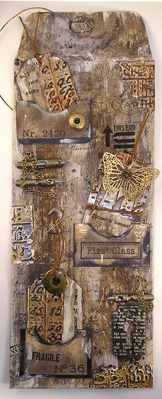 Simon Says Stamp Monday Challenge, Paint, Kraft Envelope, Rustic Wood, Tags, Pockets, Gold,