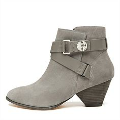 Margot Ankle Boot ready for Winter, I think I'd pair them with black skinny jeans Shoe Boots, Ankle Boots, Shoes, Unique Bags, Leather High Heels, Booty, Pairs, Muse, My Style