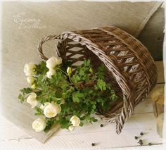 Ажурная корзиночка. Плетение из бумаги.