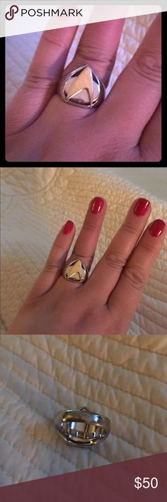"""Star Trek Insignia Classy Geek Ring 8/9 🖖 Go where no fashionista has gone before with this Star Trek insignia ring! Unisex, size 8/9. Stainless steel with gold brass inlay, this is the """"Next Generation"""" era insignia. Rare collectible! 🖖 Star Trek Jewelry Rings"""