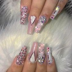 Egyptian Nail Style! Trend in the Spring of 2018.