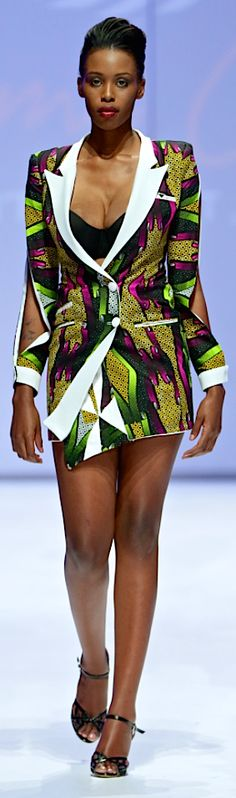 GTP Fabrics. Designer - Quame Owusu : Ghana. Photo by Simon Deiner SR Photo.