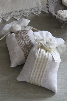 White aroma ornament