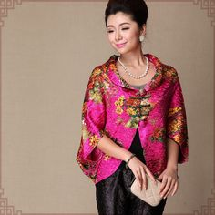One size fits all oil paint texture wrinkled silk short sleeve blazer top for women.  <strong>Features:</strong> <ul> <li>Loose fit one size fits all:Fits ladies 55-88KG (120-195LB)</li> <li>Hand made Chinese fabric button</li> <li>Short sleeve</li> <li>Silk and linen mix fabric. It's wrinkled andstretchable.</li> </ul>