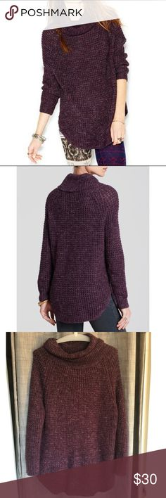 Free People Dylan Tweedy Turtleneck Pullover Chunky casual turtleneck with long sleeves. VERY oversized, loose fit. Leggings and boots or even tights and boots if you're short! Used condition. Purple color. 46% acrylic, 29% wool, 13% polyester, 12% linen. Smoke free home. Free People Sweaters Cowl & Turtlenecks