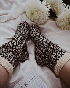 Wool Socks, Walking By, Just Love, Knits, My Favorite Things, Knitting, Reading, Create, Books
