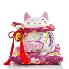 Maneki Neko Wisteria Flower - How lovely! Maneki Neko, Neko Cat, Kitty Cats, Japanese Cat, Japanese Culture, Crazy Cat Lady, Crazy Cats, 1 Tattoo, I Love Cats
