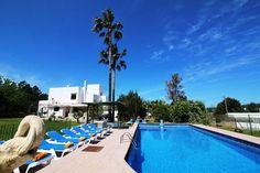 5 Bedroom Villa in San Antonio to rent from £1187 pw, with a private pool. With balcony/terrace, air con and TV.